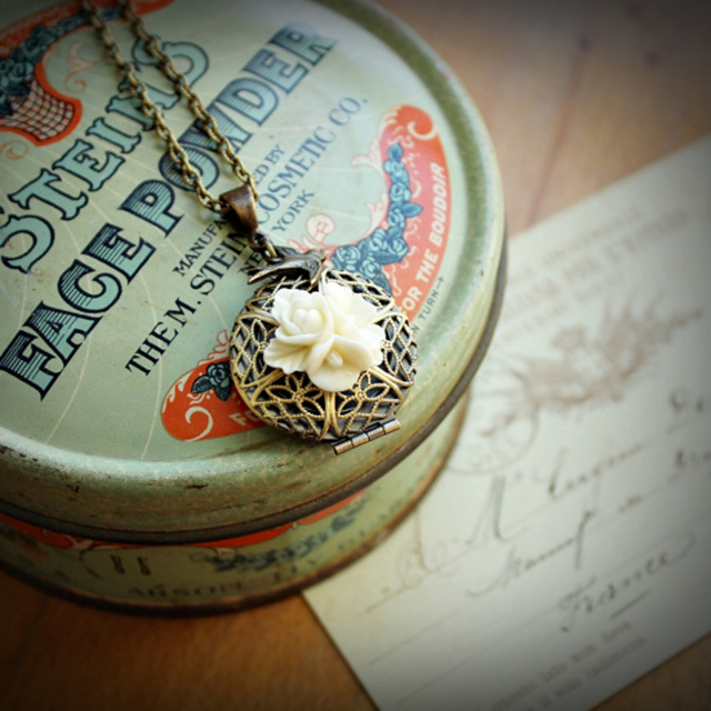 Filigree & Floral Locket Necklace in Ivory